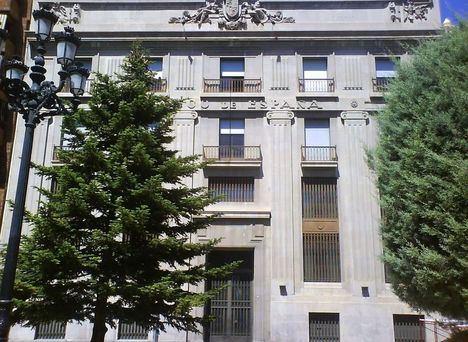 Vicente Casañ: 'No tenía sentido que este gran edificio en pleno centro de Albacete llevara veinte años inutilizado' en referencia al antiguo Banco España