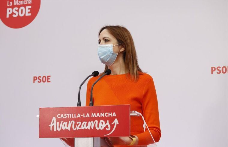 El PSOE lamenta el 'cacareo' de Núñez sobre la reforma fiscal y le recuerda las '300 tasas de la vergüenza de Cospedal'