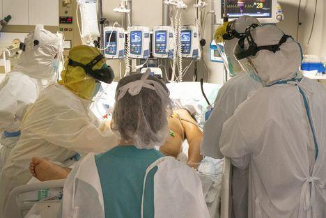 Coronavirus.- La caída de nuevos casos continúa en Castilla-La Mancha con un descenso del 32,8% en la última semana