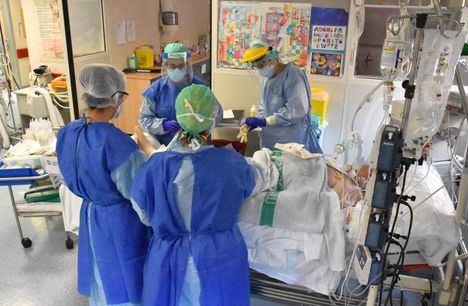 Coronavirus.- Castilla-La Mancha registra 693 nuevos casos durante el fin de semana y ocho fallecidos