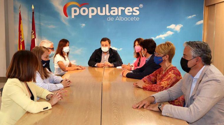El PP cree que el gobierno tándem Casañ-Saez ha sumido a Albacete 'en el caos y en la parálisis'