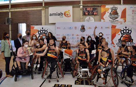 Albacete se vuelca con el BSR Amiab que completa un 'palmarés de ensueño' al ganar la Copa del Rey