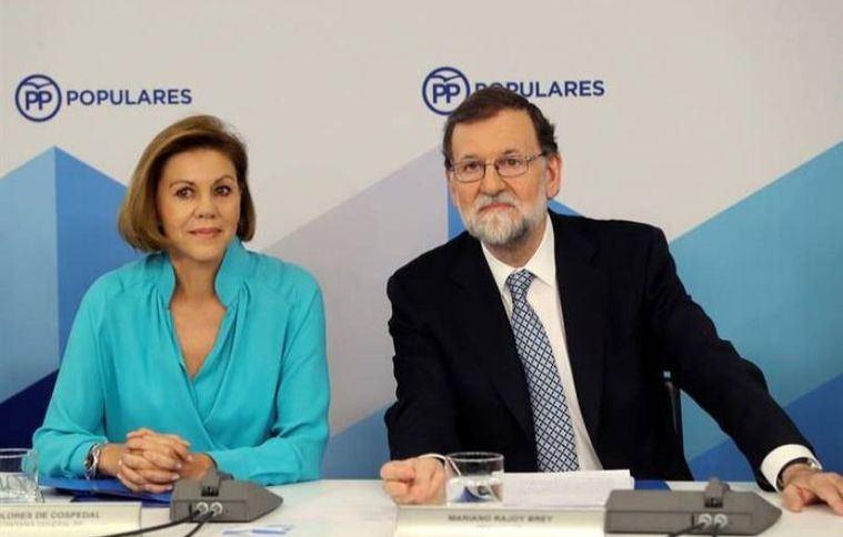 El PP insiste en defender 'la presunción de inocencia' de Cospedal y el PSOE le pregunta qué debe a la expresidenta de la región