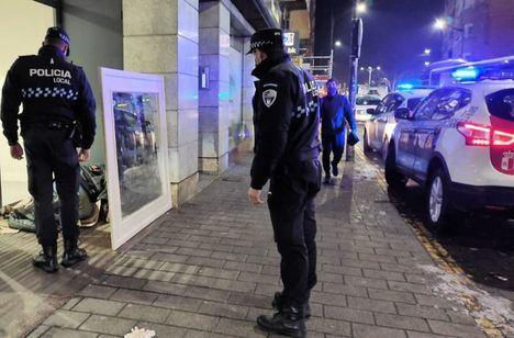 Sucesos.- Tres agentes heridos tras colisionar dos coches de la Policía Local de Albacete cuando acudían a un aviso