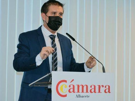 Santi Cabañero resalta que la Cámara de Comercio es