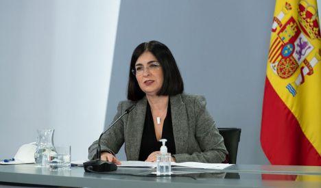 La ministra de Sanidad, Carolina Darias asegura que 'todo apunta' a que habrá 'tercera dosis de refuerzo' pero no determina 'cuándo' se administrará