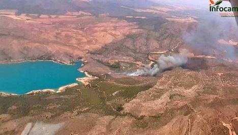 Incendios.- Declarados dos incendios forestales en Liétor y Tobarra, en la provincia de Albacete