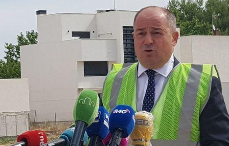 """El alcalde destaca que el inicio de la construcción del colegio del barrio Universidad demuestra el """"compromiso"""" de la Junta con la ciudad de Albacete"""