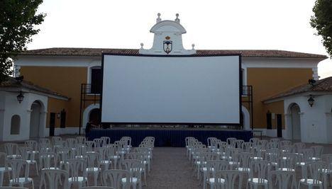 El cine de verano regresa al Recinto Ferial con tres noches de proyecciones al aire libre en la gran pantalla gracias al programa del Verano Cultural