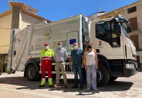 Nerpio (Albacete) cuenta con un autocompactador que complementa el servicio de gestión de residuos