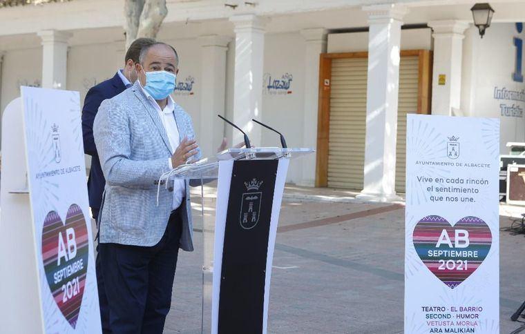 El alcalde de Albacete presenta el programa de actividades festivas y culturales 'AB Septiembre 2021' y hace un llamamiento a la responsabilidad
