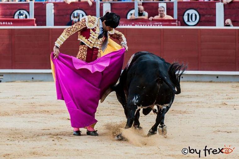Solo una oreja fue al esportón de Perera en la segunda de abono de Albacete