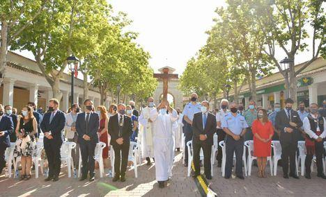 Santi Cabañero asiste a la Eucaristía de homenaje a la patrona de Albacete en el día en el que se habría celebrado la tradicional Ofrenda de Flores