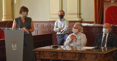 El alcalde de Albacete reconoce el trabajo de los trabajadores de la sanidad en la entrega de los 'Premios Altozano'