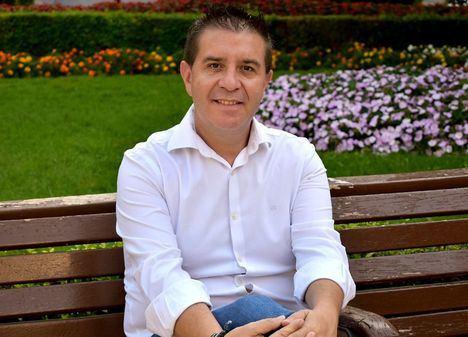 """Santi Cabañero destaca el compromiso del Gobierno de Pedro Sánchez con el municipalismo """"ampliando la suspensión de la regla de gasto también para 2022"""""""
