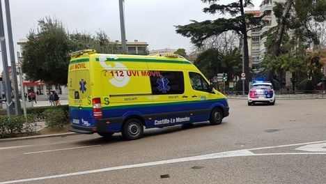 Sucesos.- Una menor y dos adultos resultan heridos tras una colisión de dos turismos en Motilla del Palancar (Cuenca)