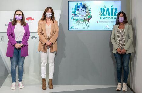 La nueva normalidad permite sacar del Palacio de Fuensalida el acto del Día de la Mujer Rural y llevarlo a Belmonte