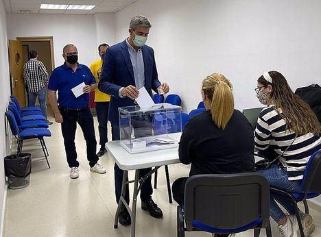 Álvaro Gutiérrez arrasa a Luengo en las primarias al recibir el 85,54% de los votos y seguirá liderando el PSOE de Toledo
