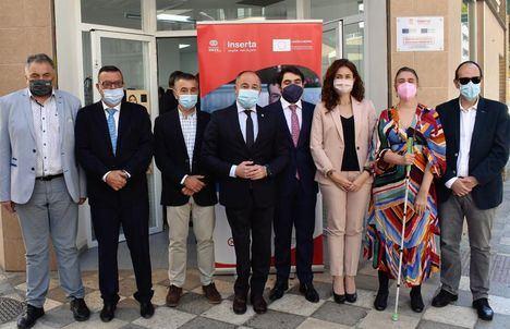 Emilio Sáez asegura que la oficina Inserta Empleo de la Fundación ONCE en Albacete