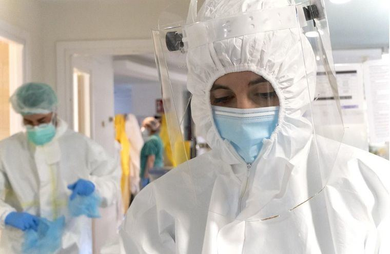 Coronavirus.- Continúa la reducción de hospitalizados por COVID-19 en las UCIS de Castilla-La Mancha