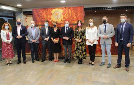 Nacho Hernando recoge el Premio Pentesilea 2020 otorgado por la Asociación de Mujeres Afectadas de Cáncer de Mama y Ginecológicos de Albacete (AMAC)