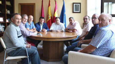 Los taxistas de Albacete se reúnen con el Alcalde para mejorar la calidad del servicio