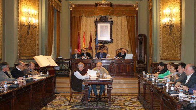 La Diputación de Albacete insta al gobierno de España a equipar a guardias civiles y policías nacionales y autonómicos
