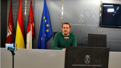 """Manuel Martínez expuso que el Equipo de Gobierno del PP debería tener clara una premisa: """"nada para los jóvenes sin los jóvenes."""