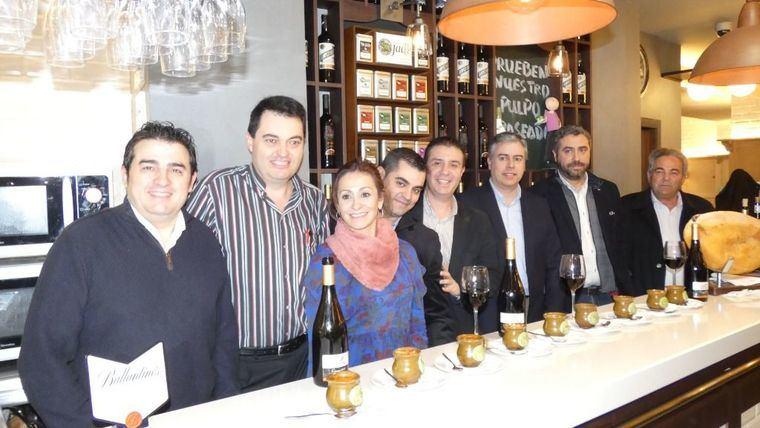 Santiago Cabañero destaca la tradición culinaria de los platos que se sirven en las Jornadas del Puchero
