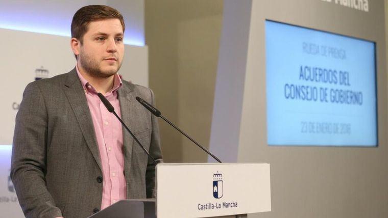 Nacho Hernado ve el mapa de titulaciones de la UCLM encallado y acusa a Collado de 'mercadear' carreras con alcaldes del PP