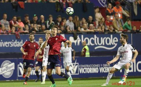 El Alba necesita ganar a Osasuna para alejarse del descenso y empezar a soñar