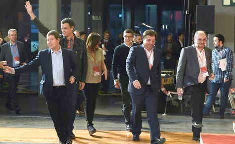 Page pide que las encuestas no quiten la moral al PSOE y los 'barones' reclaman confianza en sí mismos para gobernar