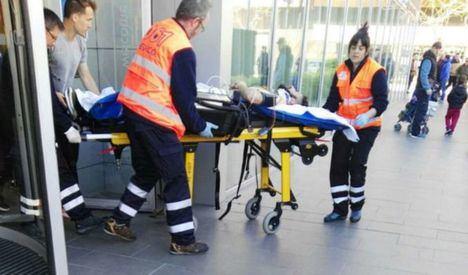 El partido de fútbol Huesca-Albacete, aplazado tras el accidente del jugador Pelayo Novo en el Hotel Abba de Huesca