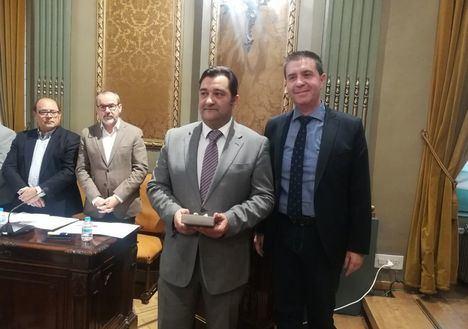 La Diputación de Albacete acepta la dimisión del socialista Juan Gil y el cese de Valentín Bueno
