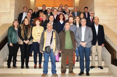 Serrano agradece a los 19 funcionarios jubilados su compromiso con el Ayuntamiento y su contribución al progreso y bienestar de Albacete