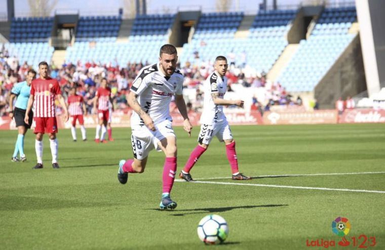 1-1. El Albacete empata en Almería, aunque se adelantó pronto en el marcador