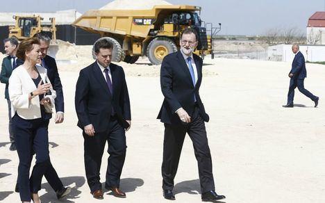 Rajoy asegura que los 90 kilómetros de conexión de la A-32 con la circunvalación de Albacete estarán operativos en 2020