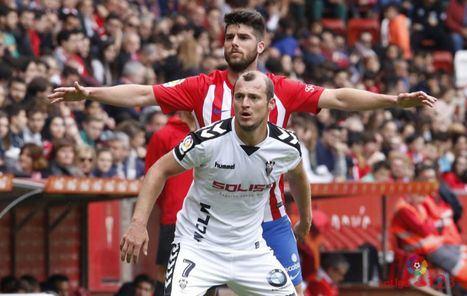 2-1. Pese a realizar una gran primera parte, el Albacete no pudo puntuar en Gijón