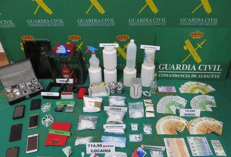 Detenidas 8 personas por tráfico de cocaína y desmantelado un laboratorio en La Roda (Albacete)