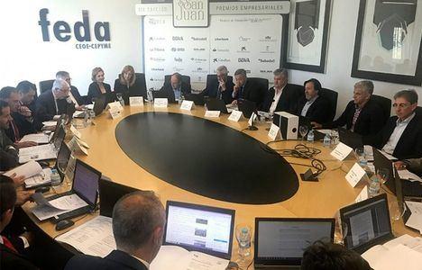 Feda distinguirá a García-Page y a Rozalén con la Mención Especial del Jurado en sus Premios Empresariales