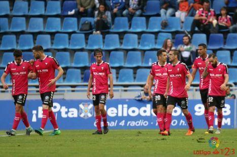 1-1. El Albacete se salva por un punto en la última jornada de una pésima temporada que termina sin ganar