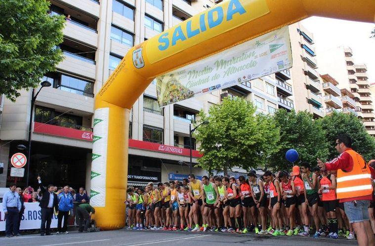 Manuel Serrano destaca el éxito de la Media Maratón y el 10K 'Ciudad de Albacete', que han contado con 3.100 corredores