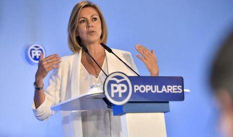 Cospedal presenta su candidatura con el apoyo de más de 3.200 avales: 'La he presentado para sumar'