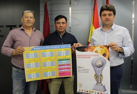 Francisco Navarro presenta el Mundialito de Futbol e Integración de Albacete 2018 organizado por la Asociación Cultural Aires de Colombia