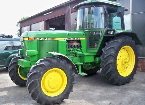 Piden 3.240 euros a un acusado de conducir un tractor en dirección contraria, bebido y chocar con 2 coches en Albacete