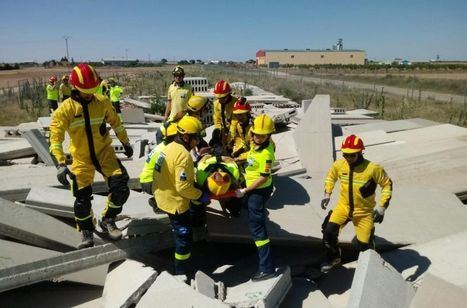 Profesionales de Urgencias de Sescam y SEPEI de Albacete celebran una jornada de intervención en estructuras colapsadas