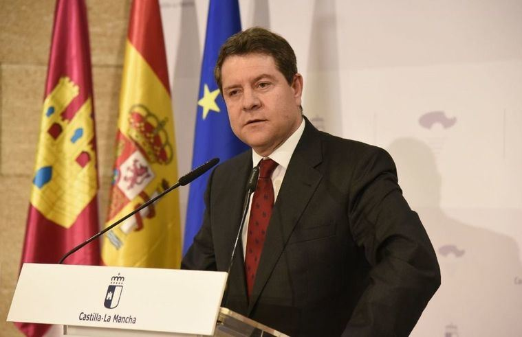 Page iba a dejar la política en 2017 pero siguió porque Pedro Sánchez, pese a su 'enfrentamiento grave', se lo pidió
