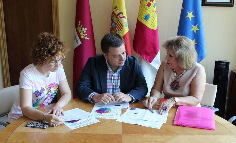 Manuel Serrano anuncia que Albacete acogerá el I Congreso Internacional de Emprendimiento y Competencias Docentes en la UCLM