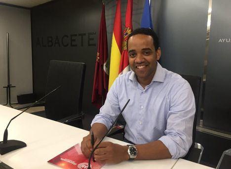 Ganemos Albacete recrimina al PP y a Manolo Serrano su mala planificación en el proceso de inscripción de los cursillos del IMD