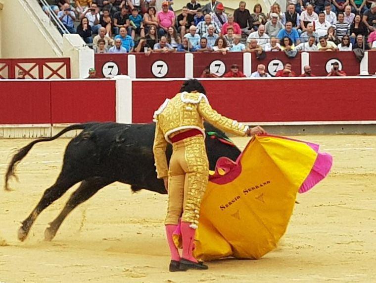 Primera de Feria en Albacete y primera puerta grande para Pepe Moral